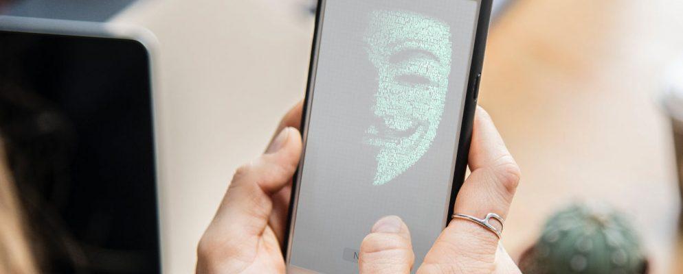 Během karantény vzrostlo používání špehovacích aplikací o 51 %