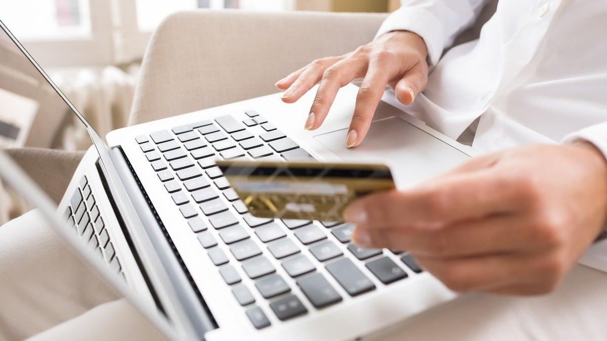 E-commerce v ČR: V roce 2020 dosáhla hodnota online prodeje 196 miliard Kč