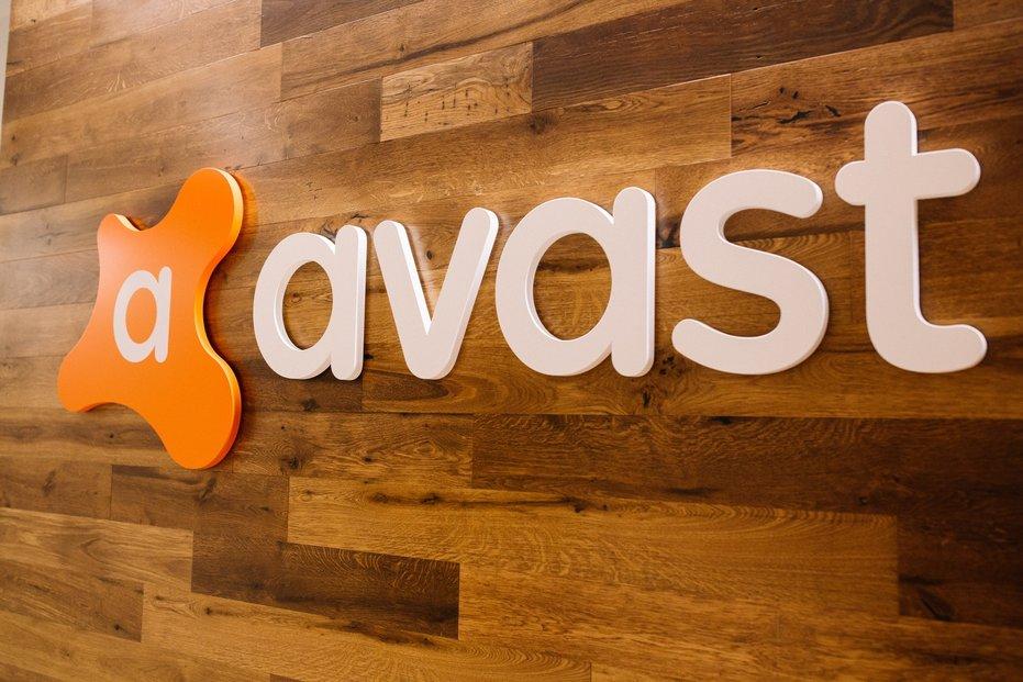 NortonLifeLock, dříve Symantec, chce získat Avast za 160 miliard